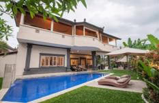 Large 5 Star Villa Seseh Near Echo Beach Bali For Sale